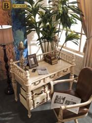 Письменный стол классический Феникс массив дерева цвет слоновая кость