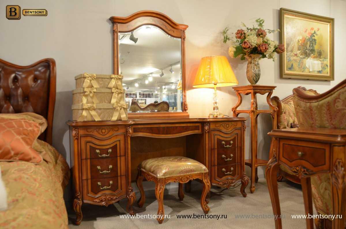 Стол туалетный Флетчер А с зеркалом (Классика, массив дерева) в интерьере