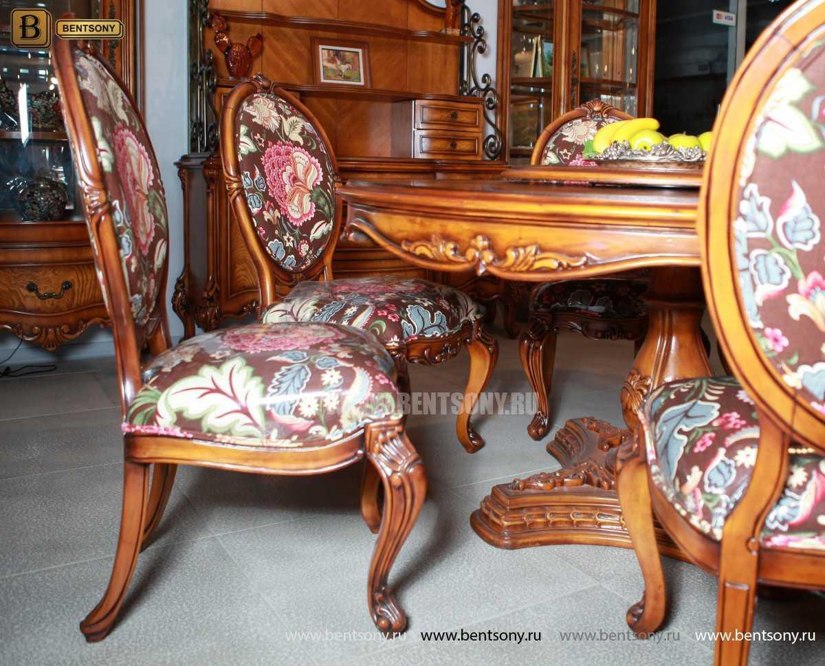 Классический стул из массива дерева