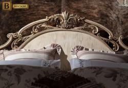 Изголовье с фигурной резьбой классическая кровать Феникс