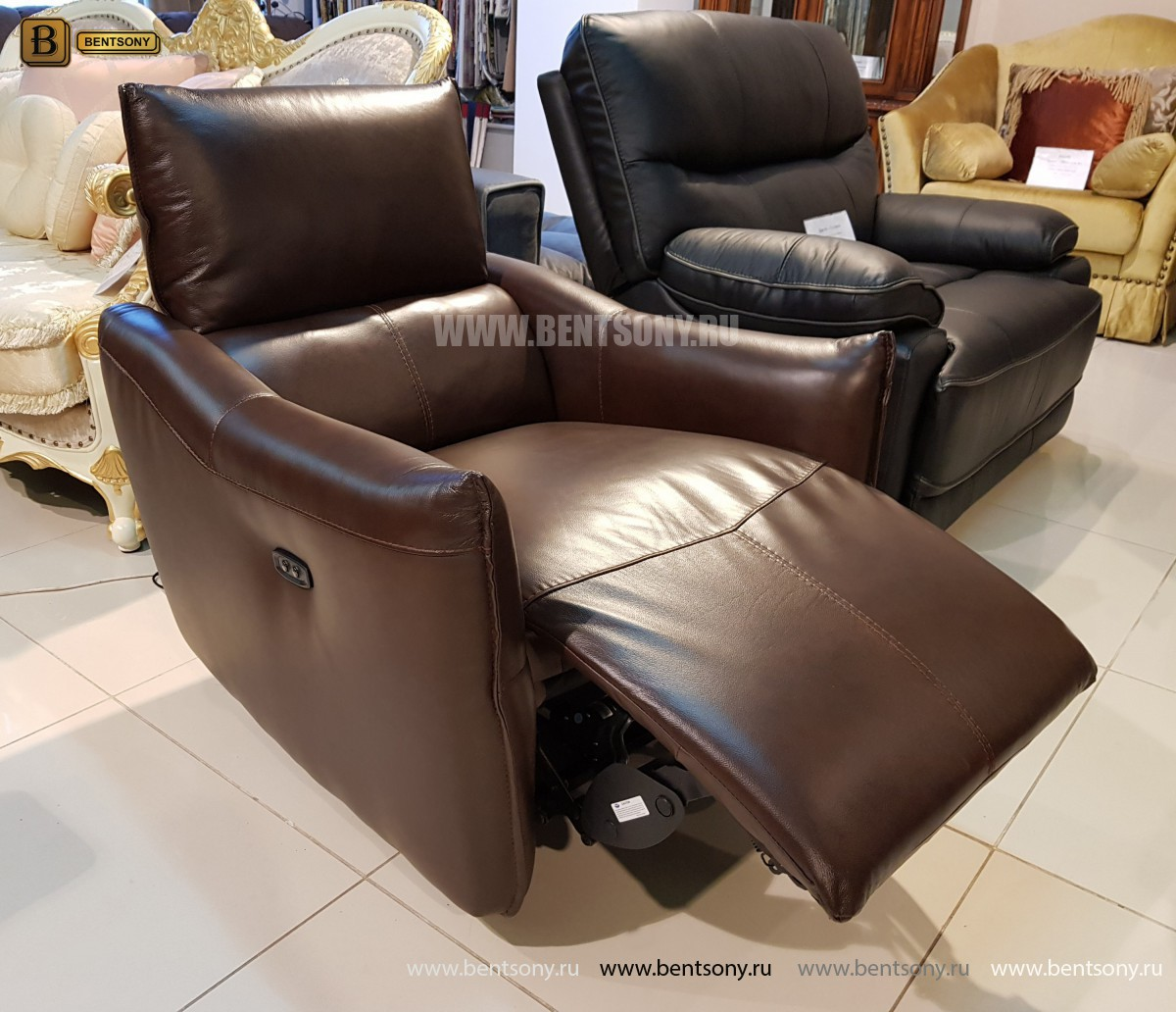 Кресло Порто цвет коричневый (Реклайнер, Натуральная кожа) в интерьере