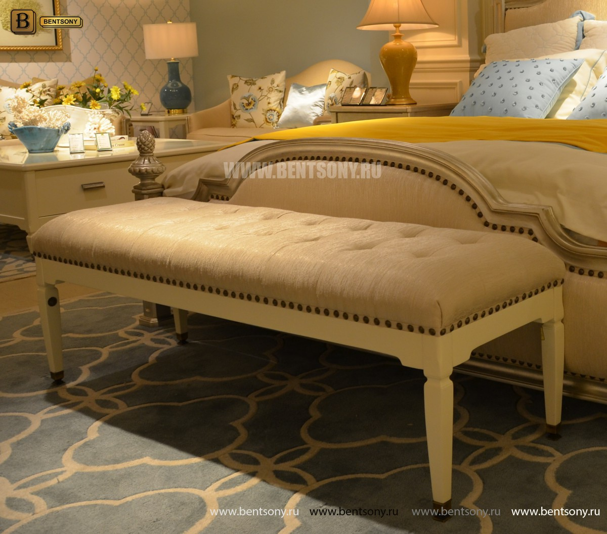 Оттоманка Фримонт-W классическая (Ткань) для квартиры