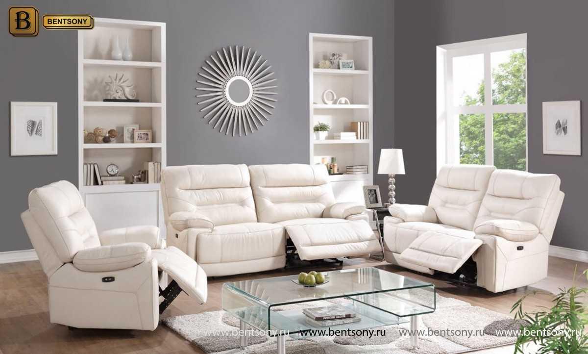 белая кожаная мебель в интерьере