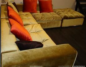 Диван Бениамино цветные подушки фото