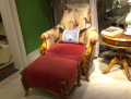 Кресло классическое для отдыха Лоренс с подушкой (Ткань) для загородного дома