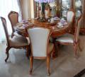 Столовая Белмонт с круглым столом (Классика, массив дерева) для квартиры