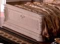 Кровать Вирджиния (Классика, Массив дерева) в интерьере