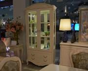 Витрина двухдверная Флетчер-W (Классика, массив дерева) купить в Москве
